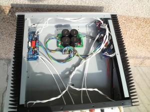 LM3886自作アンプ内部背面から